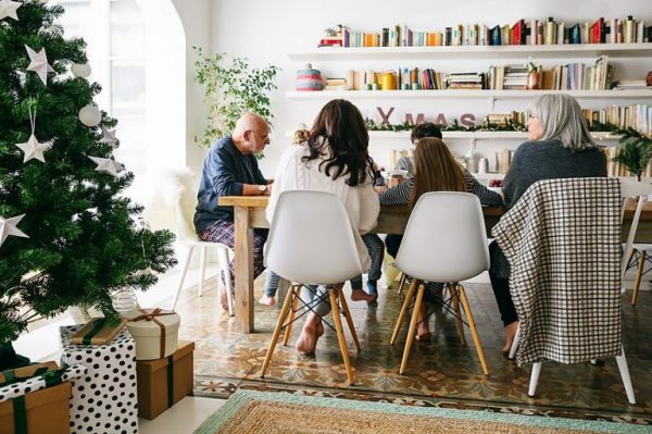 30 Alternatives to a Dysfunctional Family Christmas